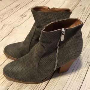 NWOT Gray Suede Booties. Size 8.5